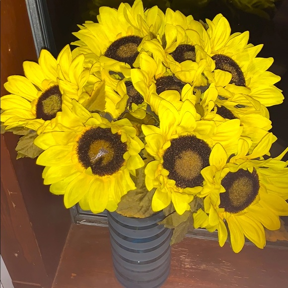 20 PC Sunflowers VASE NO INCLUDED